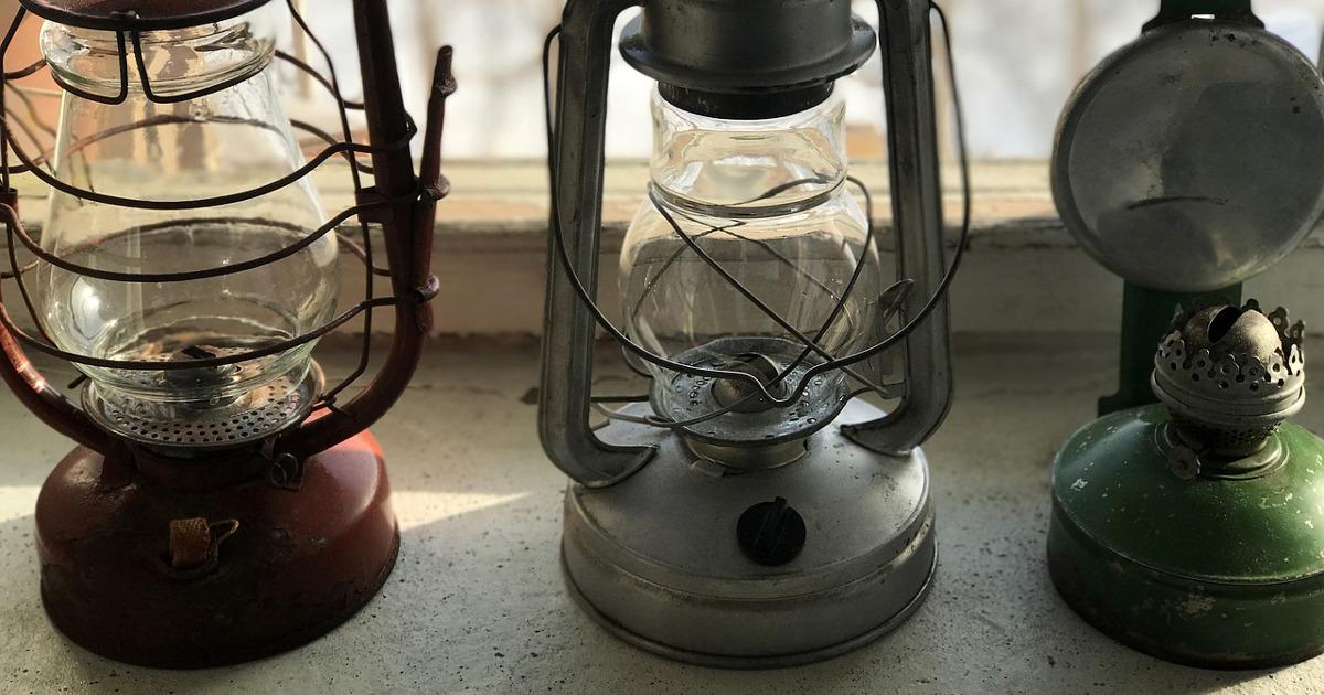 старые керосиновые лампы
