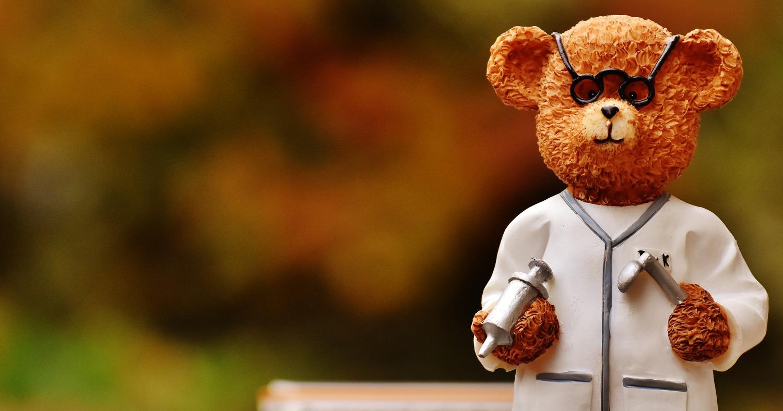 Мишка врач