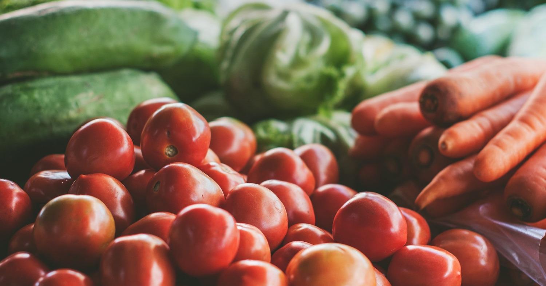 овощи на рынке