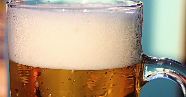 Муж превратился в пивного алкоголика